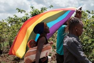 Odborná veřejnost vyzývá Ugandu ke zrušení anti-gay zákonů. Varují před jejich dalším zpřísňováním