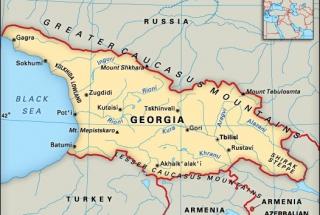 Snaha zamést vše pod koberec? Gruzie tajně zatkla osobu za prodej drog zavražděnému novináři